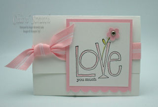 Love M&M Holder